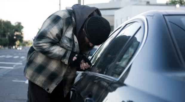 kradzież wynajętego samochodu